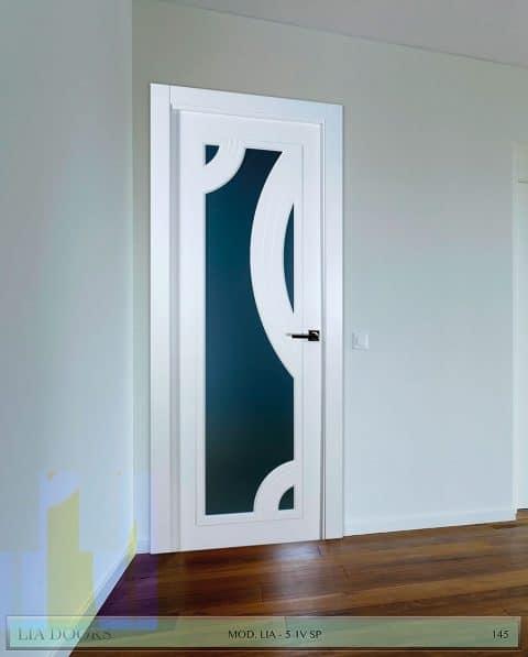 Puerta lacada diseño Grupo B en block Vidriera Parrilla 1V BL Modelo 5 SP