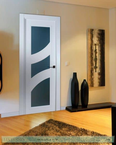 Puerta lacada diseño Grupo B en block Vidriera Parrilla 1V BL Modelo 6 SP