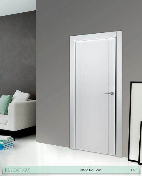 Puerta lacada Diseño Grupo A en block Ciega BL Modelo 200
