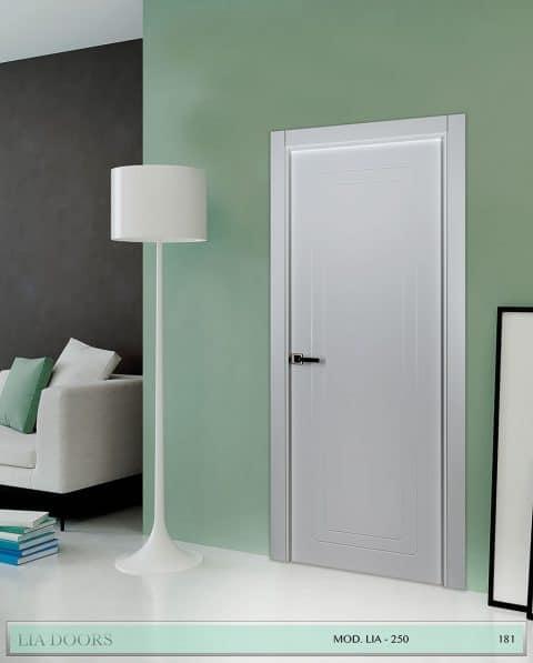 Puerta lacada Diseño Grupo A en block Ciega BL Modelo 250