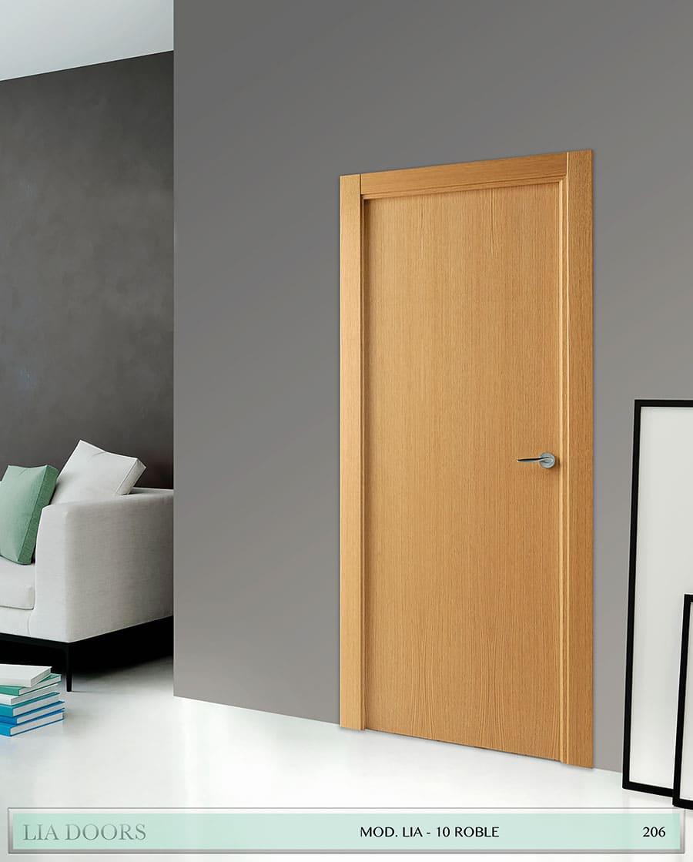 Puerta barniz Roble Veta vertical al hilo en block Ciega BL Modelo 10 Roble