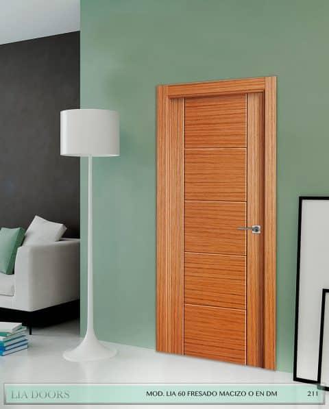 Puerta barniz Roble Fresado vertical y horizontal en MDF en block Ciega BL Modelo 60