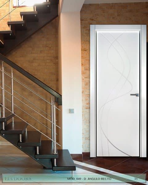 Puerta lacada Diseño Grupo D en block Ciega BL Modelo 849