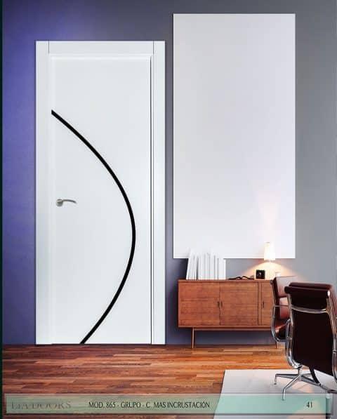 Puerta lacada Diseño Grupo C en block ciega BL Modelo 865 (Incrustación alto brillo)