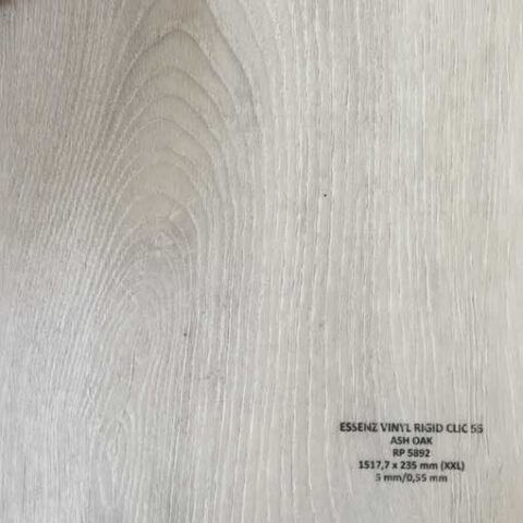 Suelo Vinílico ESSENZ Vinyl Ash Oak RP5892
