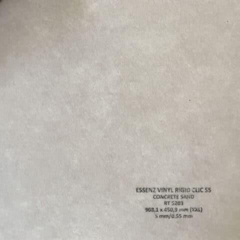 Suelo Vinílico ESSENZ Vinyl Concrete Sand RT5203